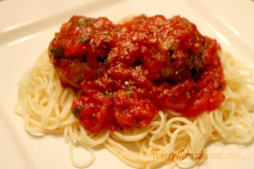 sauce and meatballs